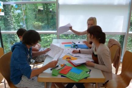 Angebote für Schulen: Seminar »Vom Hort bis zur NVA - Kindheit und Jugend in der DDR«